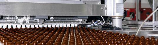 Експертни решения за кодиране и продуктова инспекция при производство на захарни изделия